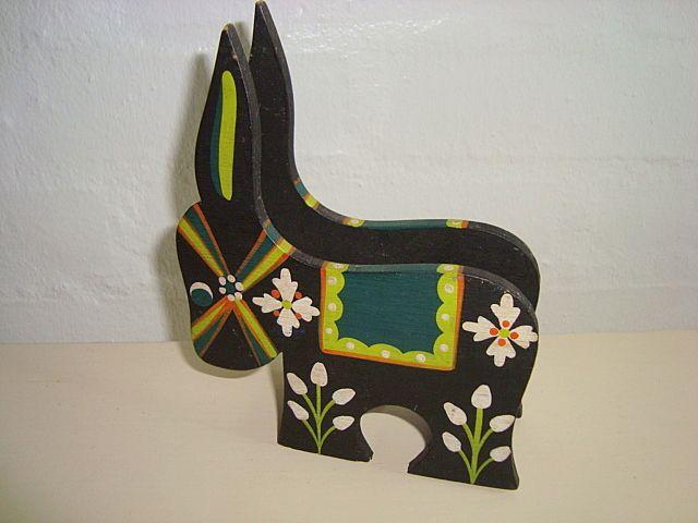 Eigenbrod donkey holder for napkins. #Eigenbrod. #donkey #æsel #tilsalg #forsale SOLGT/SOLD on www.TRENDYenser.com.