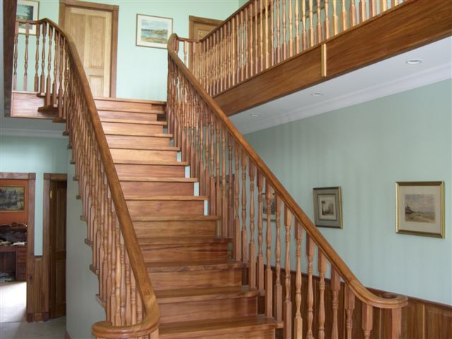 Make an impression with a grand staircase