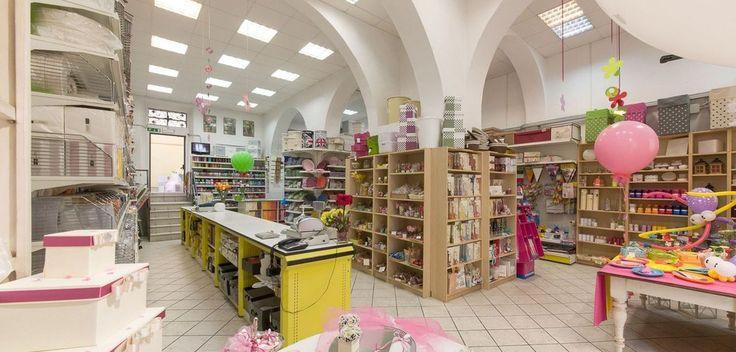 interni di negozi di cartoleria-giocattoli - Cerca con Google