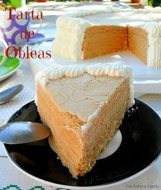 Con sabor a canela: Tarta de obleas con crema pastelera y nata.
