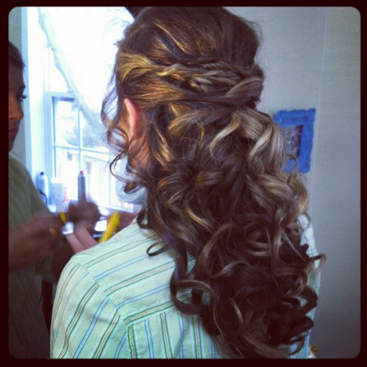 long prom hair styles 1000 ideas about senior hairstyles on updos 9145 | 270c537ad667304902e9a0d0589b3149