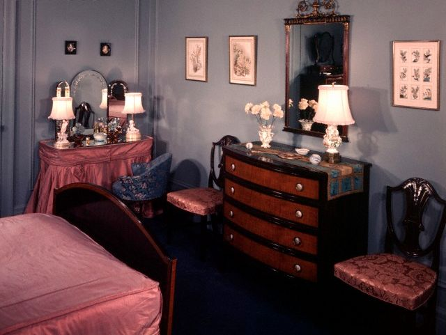 90 Best Images About 1940s Bedroom On Pinterest Mattress