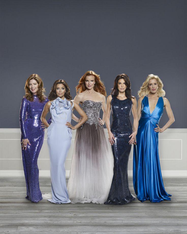 "Dana Delany (Katherine), Eva Longoria (Gabrielle), Marcia Cross (Bree), Teri Hatcher (Susan), Felicity Huffman (Lynette) in ""Desperate Housewives"" (TV Series)"