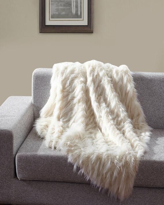 Eyelash Faux Fur Throw In 2020 White Throw Blanket Faux Fur Throw Couch Throws