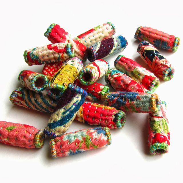 The Silly BooDilly: The Quilted Bead (PDF tutorial available from the blogger's Etsy shop)