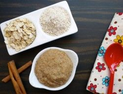 Homemade Oatmeal Cereal (For Baby) http://www.calorababy.co.za/recipes/homemade-oatmeal-cereal-baby-recipe.html