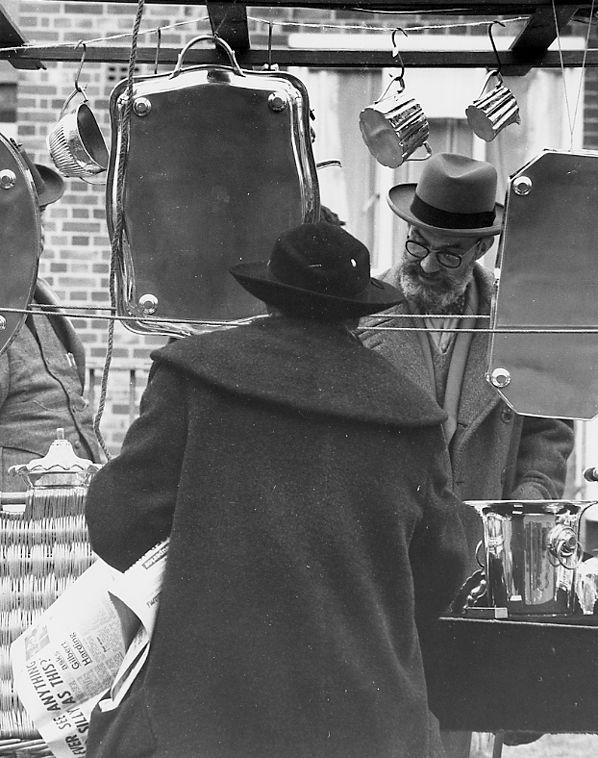 Winkelen op de markt - Londen - Vintage Photo Naarden : Vintage Photo Naarden