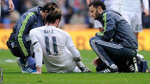 Gareth Bale: Real Madrid forward sidelined by third calf injury                                                                                                                                                                                 More