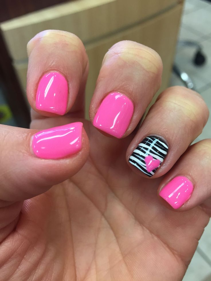 Gel mani shellac zebra pink Valentine nails polish February