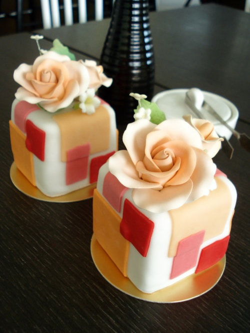 Cube Cakes - what a great idea for a wedding dessert!!