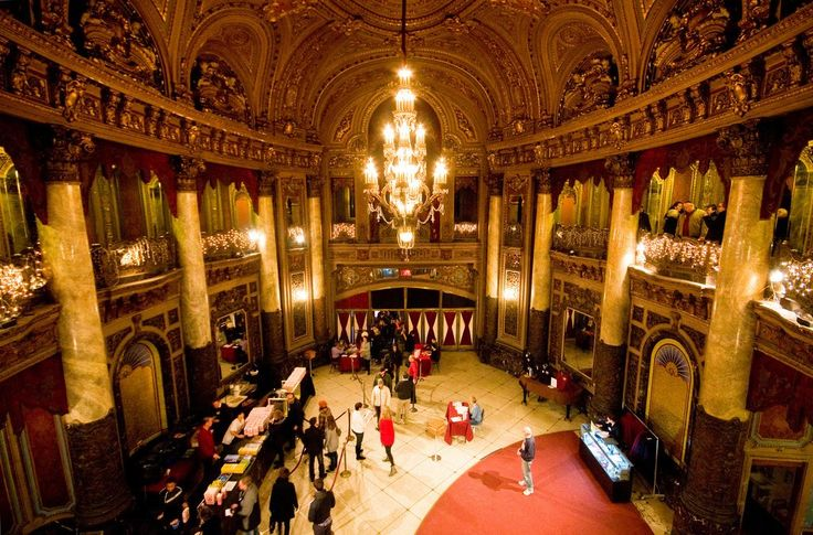 This #Loews #movie #palace in New Jersey is one of only 5 remaining #theater in the greater NYC area: dozens of others were demolished in the 60s/70s.  Now, they're savored.