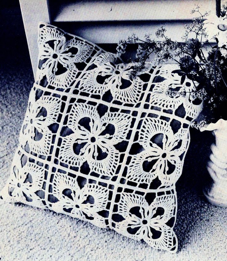 Dogwood Blossom Pillow Cover Vintage Crochet Pattern Download / diy crochet pillow pattern by MomentsInTwine on : diy crochet pillowcase  - pillowsntoast.com