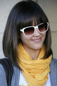 Jessica Alba proves that a straight graduated bob and fringe is fun and stylish for spring.