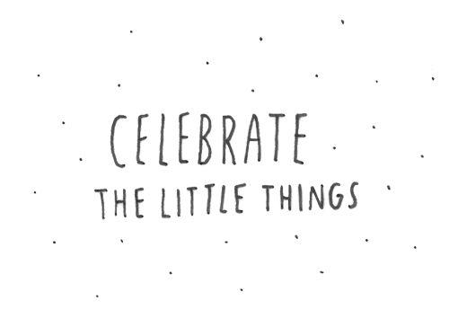 Buenos días!! hoy comenzamos el miércoles celebrando las pequeñas cosas que nos hacen ser feliz
