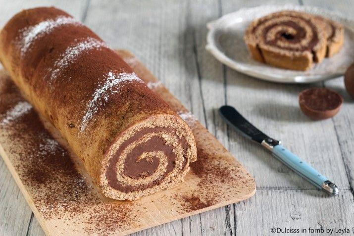 La ricetta del Rotolo con crema al cioccolato: un dolce facile e veloce che ricorda il gusto dei famosi cioccolatini. Perfetto a colazione o merenda !