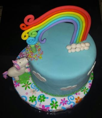 arco iris y unicornio
