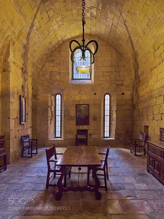Sala del consejo de los Monjes - Real Monasterio de Santa María de Poblet by neobit #Architecture #fadighanemmd