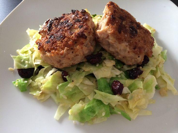 Kyllingedunser m lynstegt spidskålsalat3
