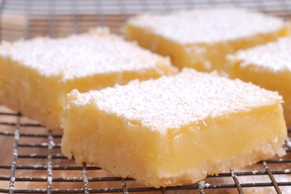 """Lemon """"Cheesecake"""" Bars: simple 3 ingredient #recipe that only takes 5 minutes to make + chilling."""