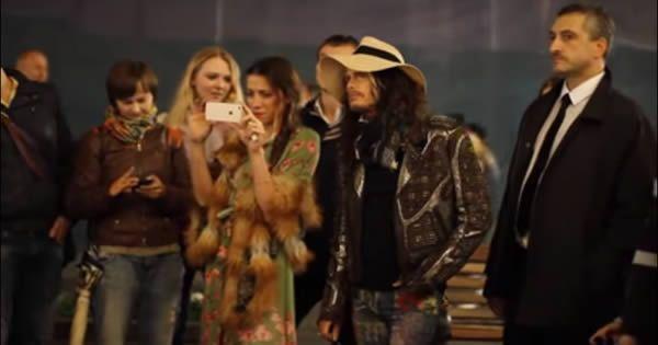 Veja o que o vocalista do Aerosmith aprontou