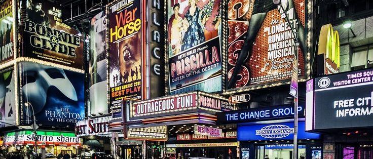 """Para ampliar as opções a seus parceiros e aos turistas, a Flytour Viagens acaba de incluir cinco novos shows na lista de espetáculos da Broadway oferecidos pela operadora: 'Amelie', 'A Fantástica Fábrica de Chocolate', 'Miss Saigon', 'Anastasia' e 'Hello, Dolly!'. """"Assistir aos espetáculos da..."""