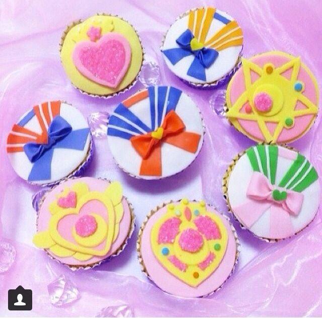 Sailor moon cupcakes                                                                                                                                                                                 Más