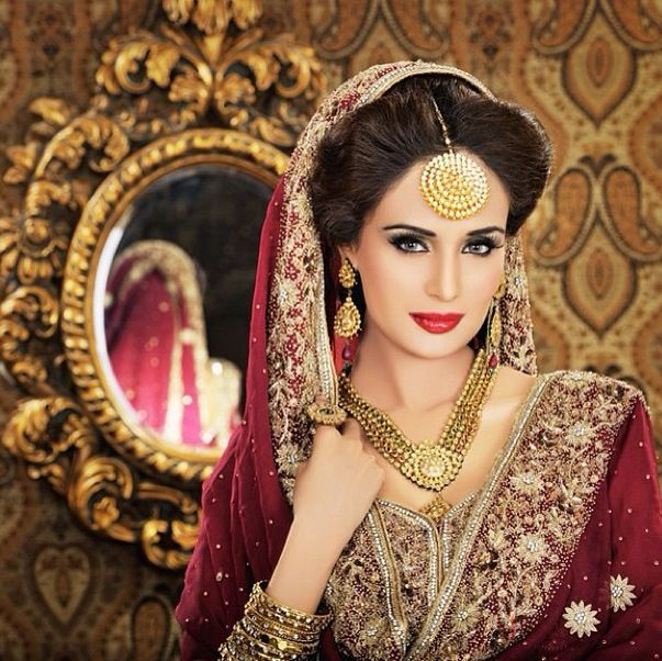 Bridal Makeup jewelry