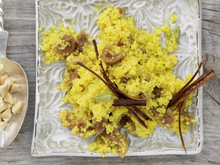 Arabischer Genuss: orientalischer Gewürz-Couscous - mit Mandeln und Feigen | Kalorien: 272 Kcal - Zeit: 25 Min. | eatsmarter.de