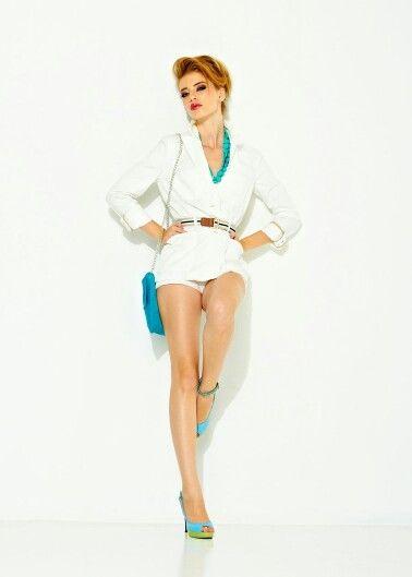 White shirt or jacket and light shirt bright accessorises