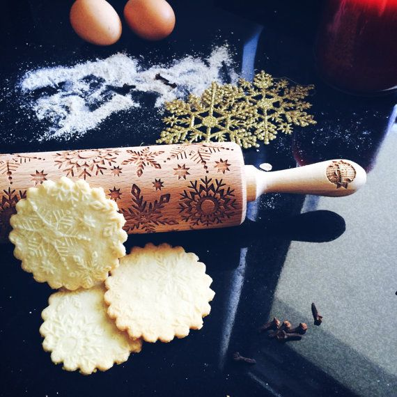 SNOWFLAKES rolling pin, embossing rolling pin, engraved rolling pin by laser, christmas, marry christmas
