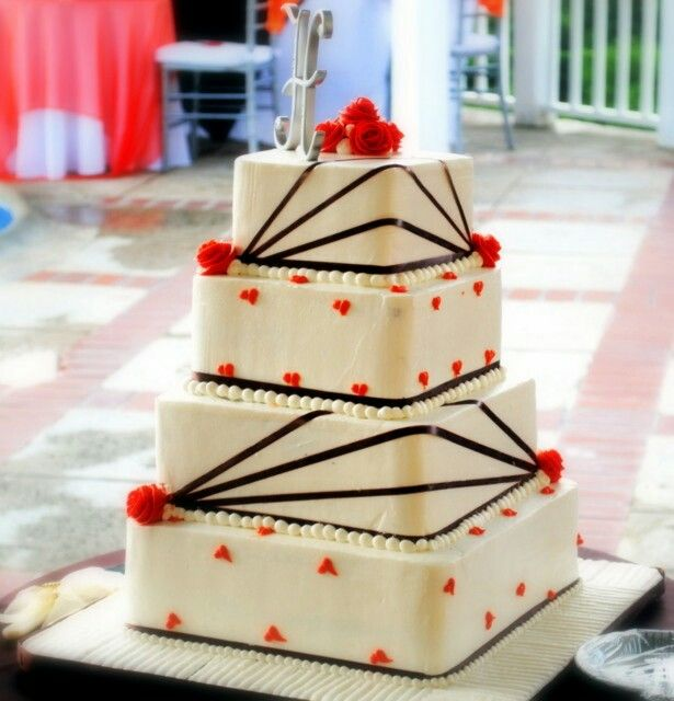 Country Wedding Cakes Are Other Types Of Cake Designs That Will Give Your Ceremony Different Kinds Feels And Aura