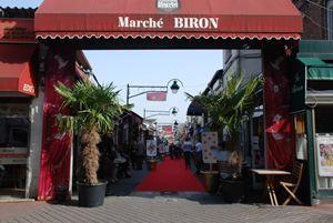 Marché aux Puces de Saint-Ouen - The Markets
