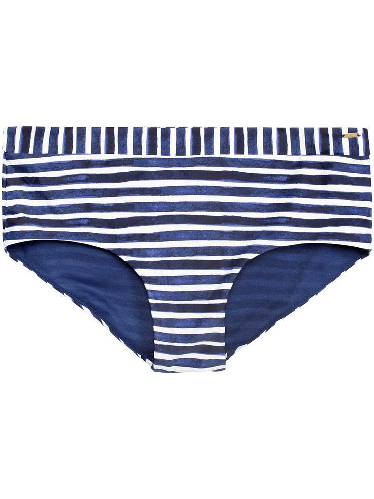Randig bikinitrosa i klassisk hipstermodell. Matcha trosan med matchande bikini-bh. Spana in alla säsongens badkläder till dam online och i butik!