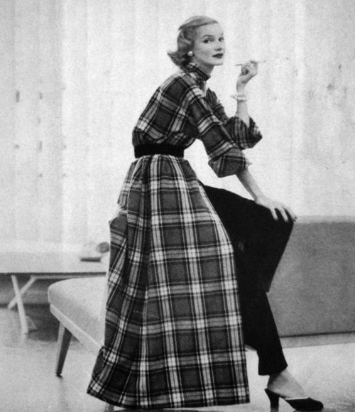 vintage vogue fashions | US Vogue 1951 | Vintage Fashion