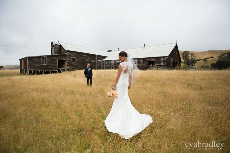 Woolshed wedding photography by Hawkes Bay wedding photographer Eva Bradley Photography
