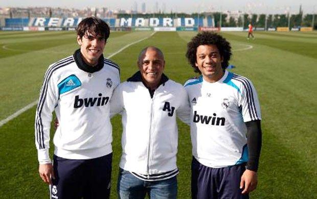 Roberto Carlos visita o treino do Real Madrid com Kaká e Marcelo (Foto: Divulgação / Site Oficial do Real Madrid)
