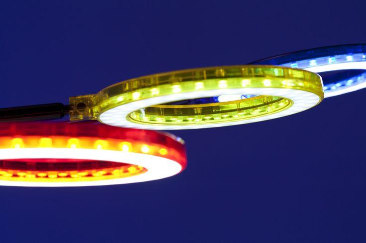 Elige tu mismo el color de tus piezas de la lámpara Amuleto #luz #LED #azul #rojo #amarillo #tecnologia #luces #color #colores #iluminacion