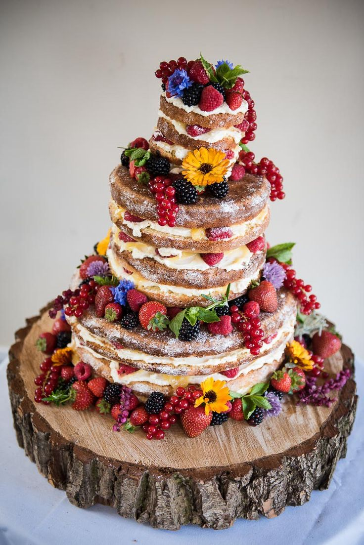 Naked Cake Sponge Layer Berries Log Pretty White Summer Informal Wedding http://www.jessicagracephotography.com/
