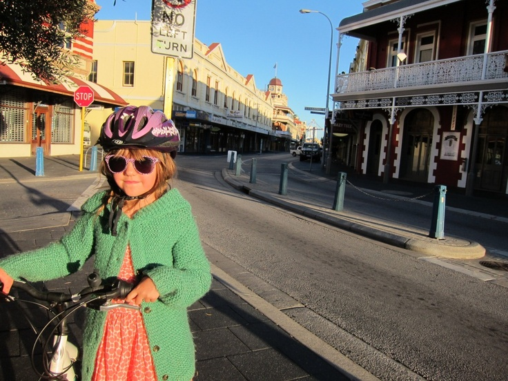 fighting for sanity in your city - sort of - A Beautiful City - Shopping on Bikes#3