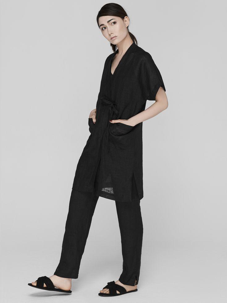 Халат кимоно черный из льна BALCONY garment