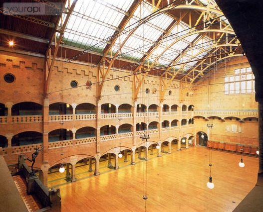 interior of De Beurs van Berlage