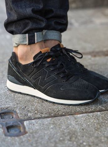 new balance 996 all black running trainers