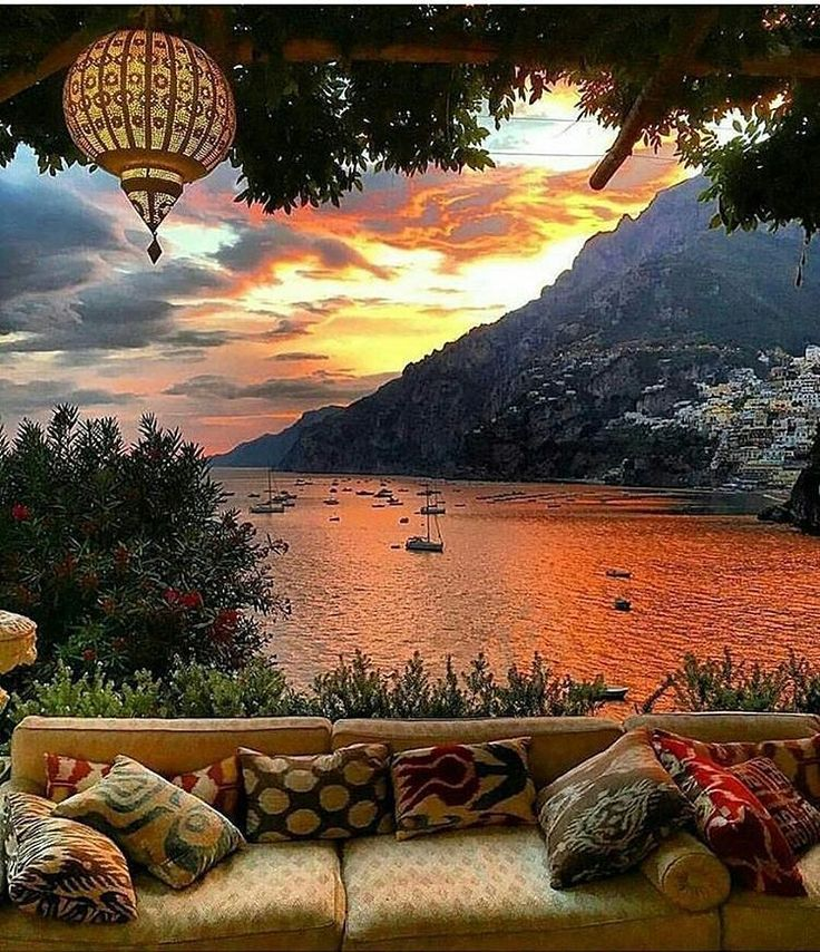 Amazing sunset in Positano ❤ by @vouge_official 🌅 #AmalfiCoast_ ✌