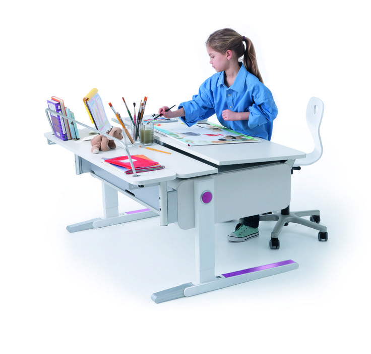 Champion desk by Moll with Multi Deck depth extension. Perfect with its adjustable height for moving from sitting to standing tasks and its tilting desk- top, to provide the best position for your child when moving between a variety of activities. Distributed by Acorn in Brisbane and surrounds.