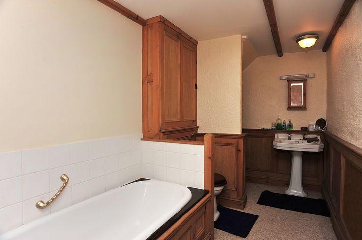 Tremough Barton Bathroom