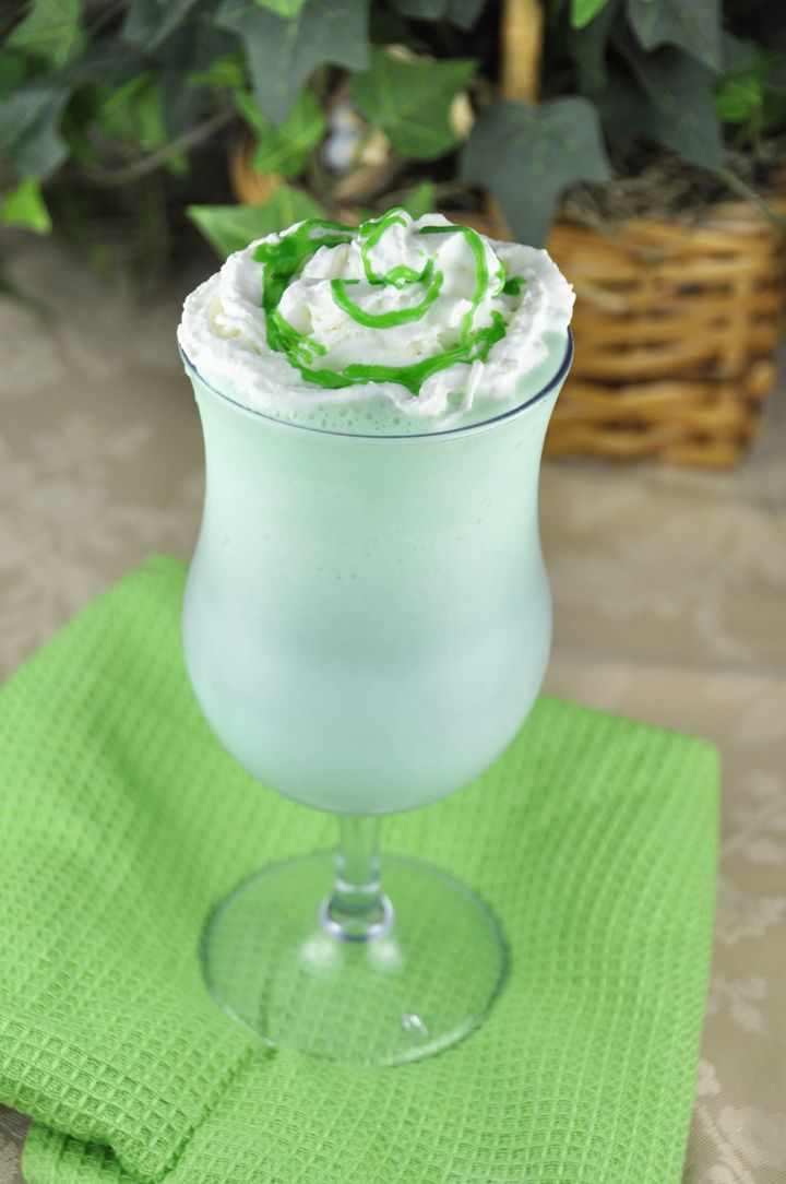 Homemade Shamrock Shake for St. Patricks Day