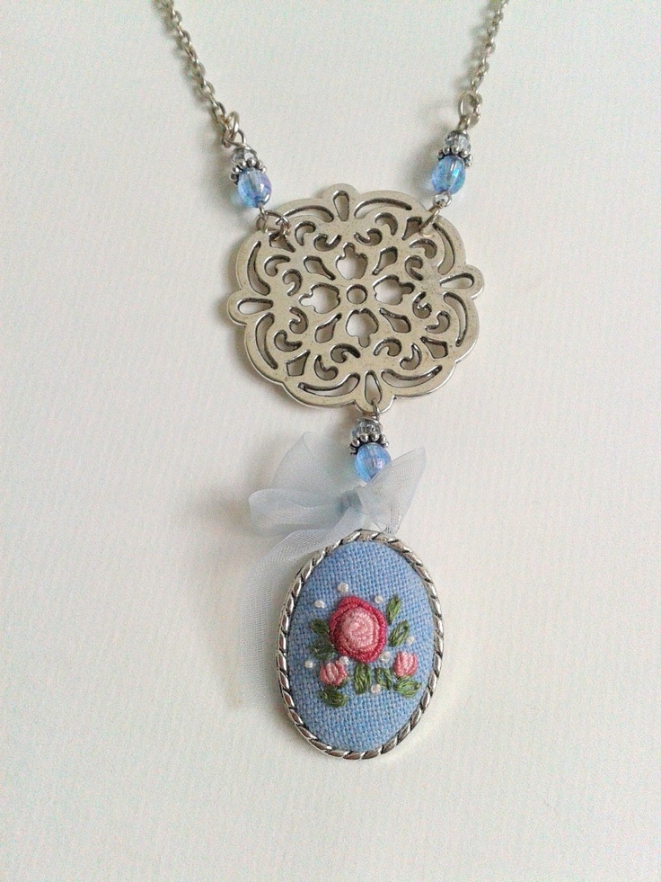 Pink rose hand embroidered pendant necklace
