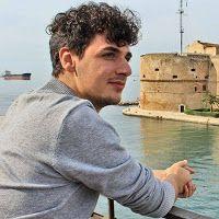 TARAStv: FOTOGRAFARE TARANTO CON IL CUORE.  ANTONIO ATTOLIN...