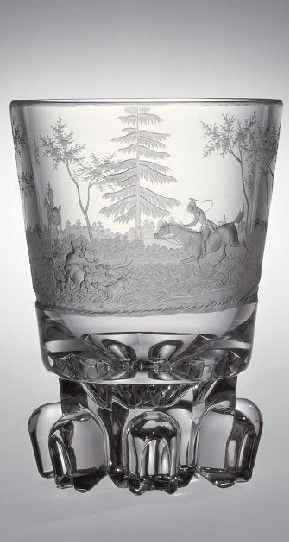 Biemann, Dominik (Bohemian, 1800-1857), Engraver - possibly1840 - 1840 Ze sbírky vlastníka Corning Museum of Glass    Název: Beaker with Hunting Scene     Datum: 1840 - 1840     object name: Beaker with Hunting Scene     engraver: Biemann, Dominik (Bohemian, 1800-1857), Engraver - possibly     dimensions: Overall H: 13.8 cm, Diam (max): 10 cm     Původ: Gift of The Ruth Bryan Strauss Memorial Foundation