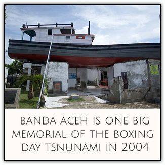 Banda Aceh is one big memorial of the Boxing Day Tsunami in 2004. Indonesia || Our Traveldreams - Travel along with us on our trip around the world!